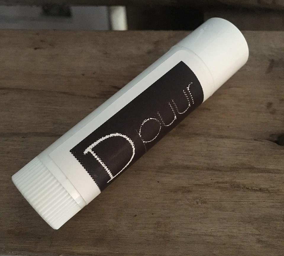 Hoe zelf lippenbalsem maken - Dpuur