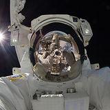 astronaut-astronomy-man-33684.jpg