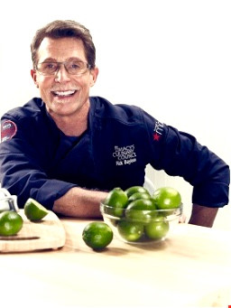 Celebrity Chef Rick Bayless @ Macy's in Oxmoor in Louisville, KY