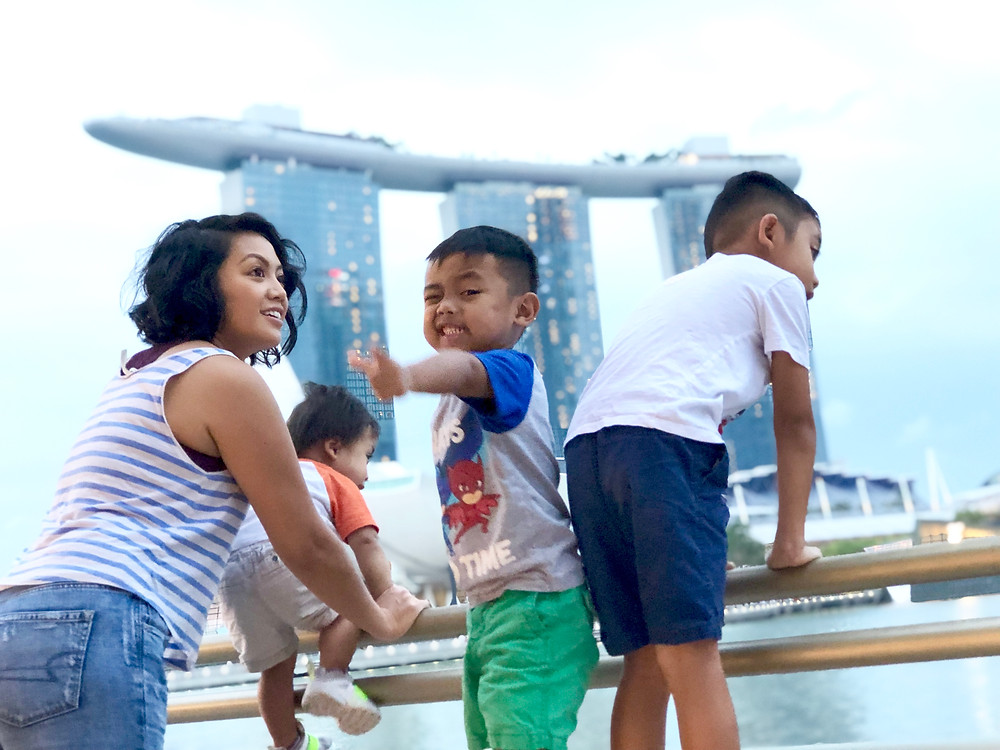 family with small kids moving to singapore @ the marina bay sands merlon park // sunnyinjune.com
