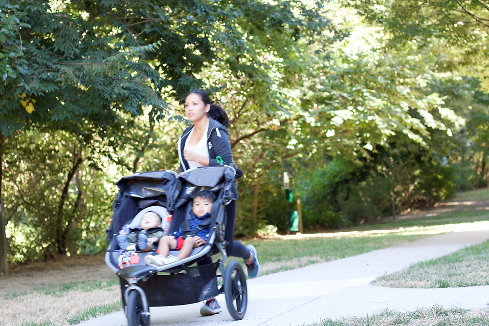 what to keep in your jogging stroller // sunnyinjune.com
