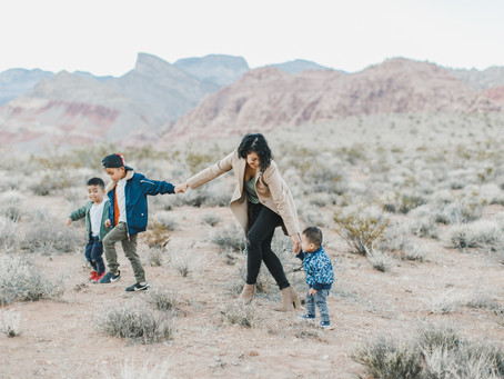 fall family pictures in the desert