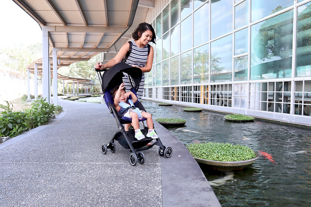 GB Pockit+ Cabin Stroller: 3-in-1 travel system perfect for traveling families // sunnyinjune.com