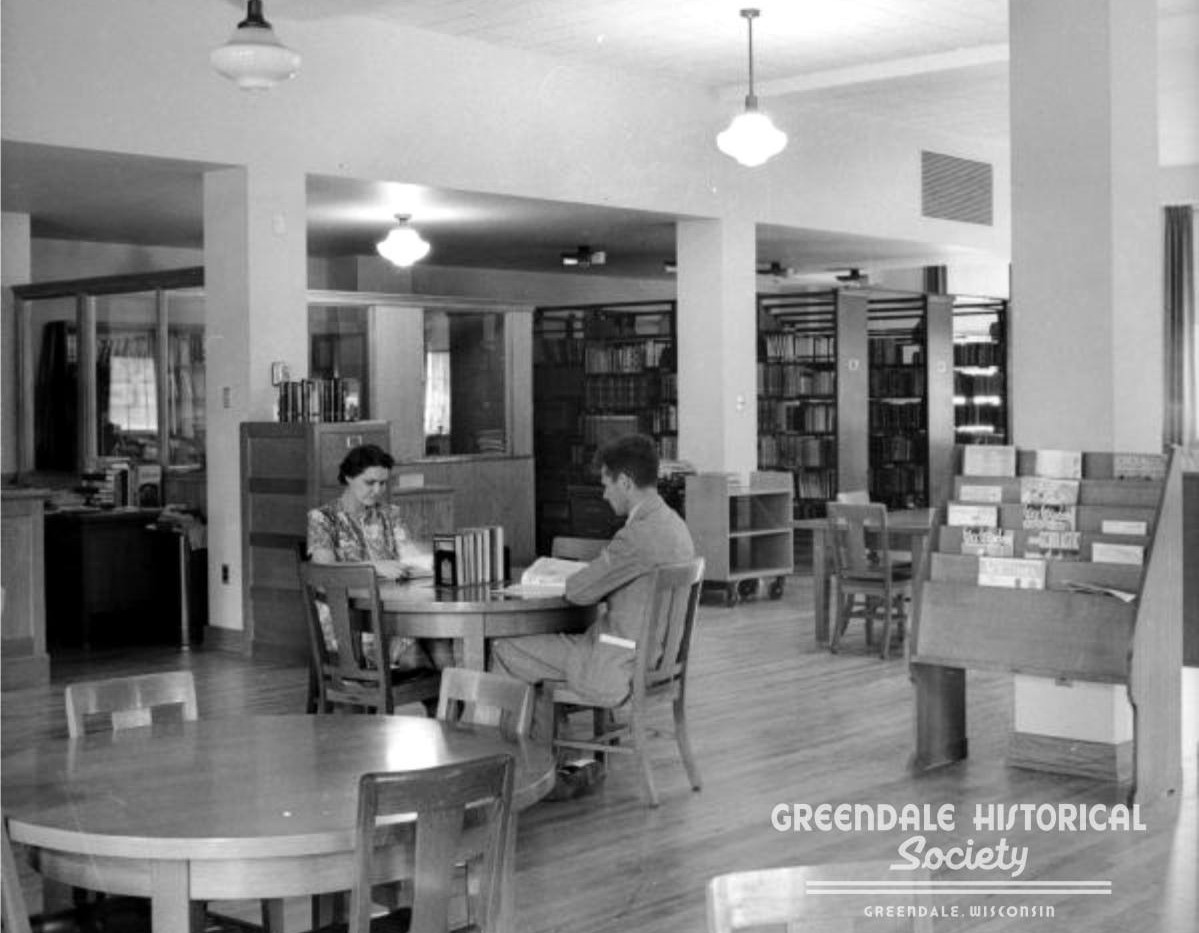 OCt 17 1940_Library Opens.jpg