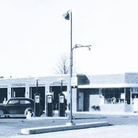 old image gas station.jpg