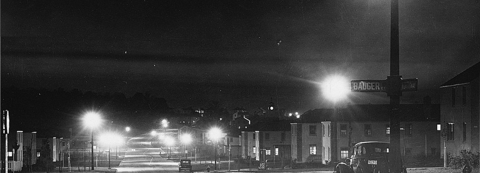 Nov 3 1938_First Street Lights.jpg