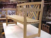 garden bench 3qtr.jpg