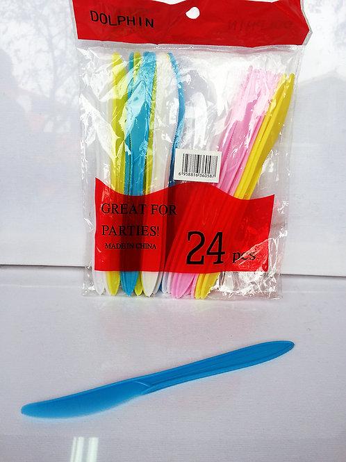 Cuchillos de  plastico x24