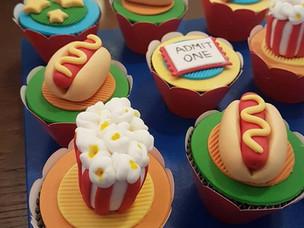 Circo_gêmeos_cupcakes_a.jpg