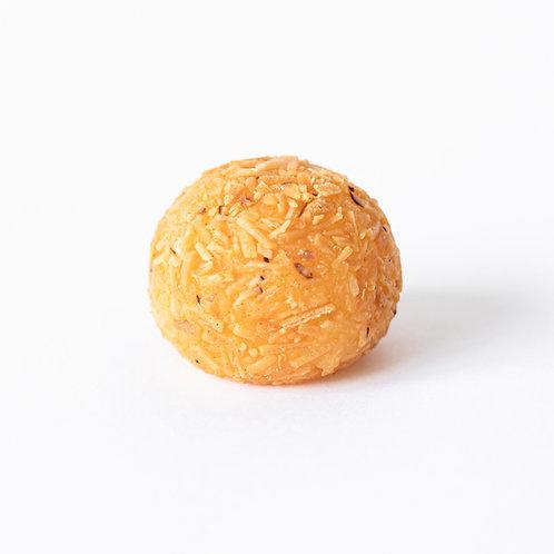 Doce de Ovo enrolado em coco queimado - 1 unidade