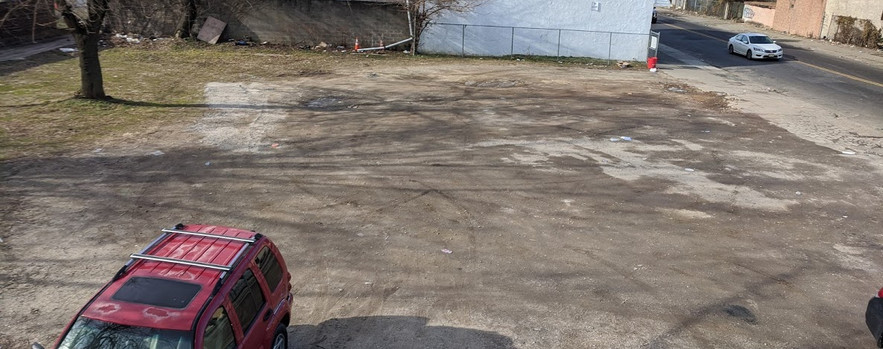 (Existing) Vacant lot next to Cohn Alley