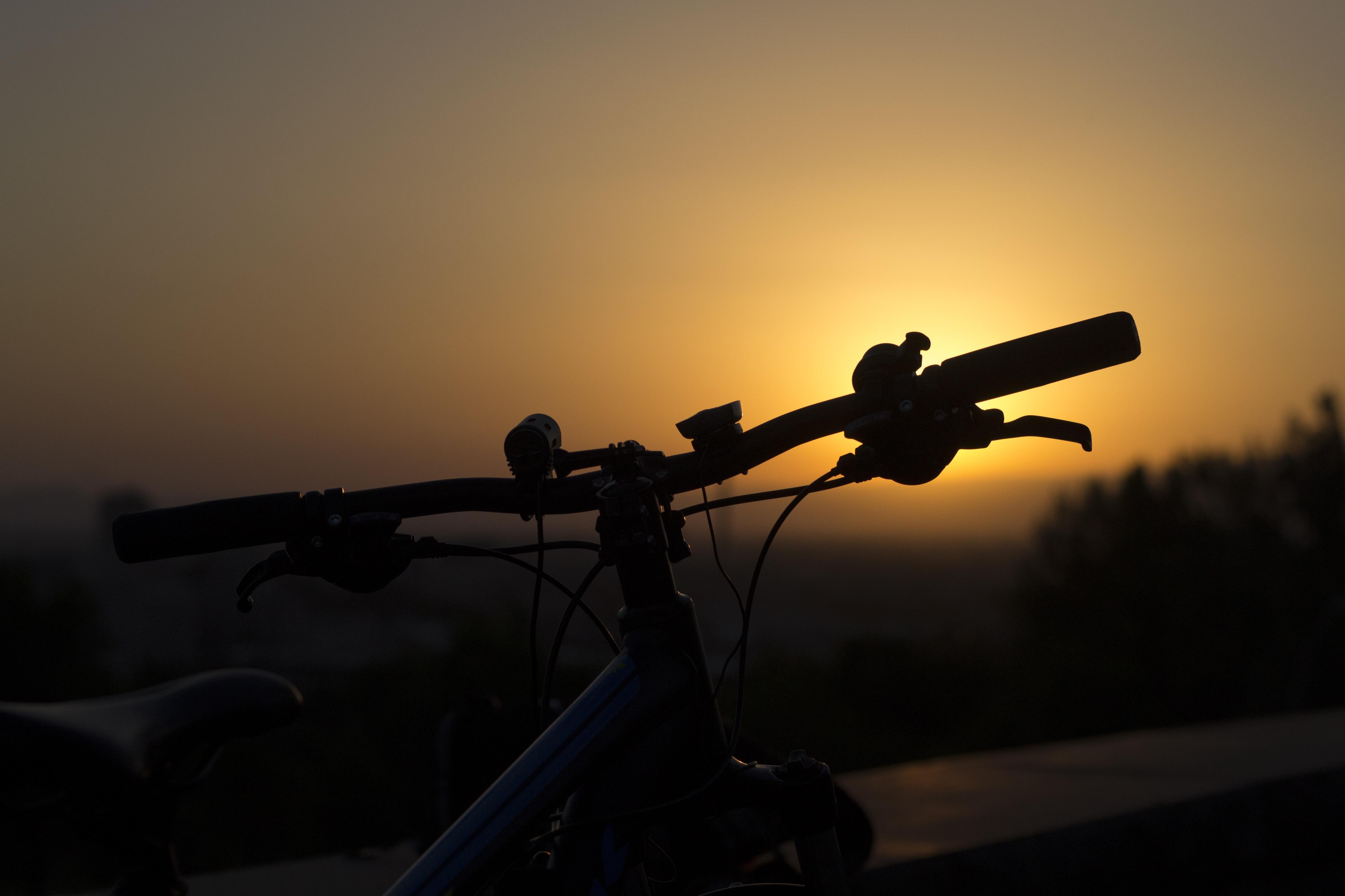 bike-1517758