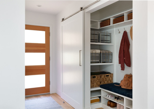 entry+closet.jpeg