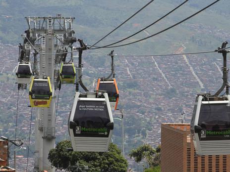 El Metrocable de Medellin viene reduciendo unas 19.000 toneladas de CO2 anuales.