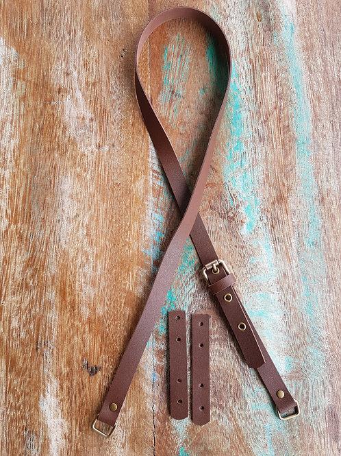 Alça em couro transversal de 115cm x 2cm