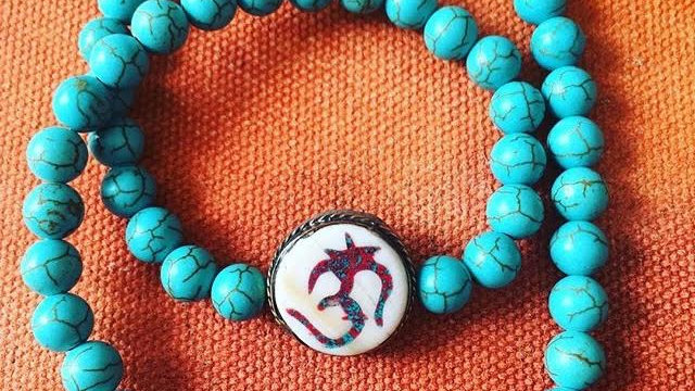 Turquoise with Round Om Sign Pendant Necklace