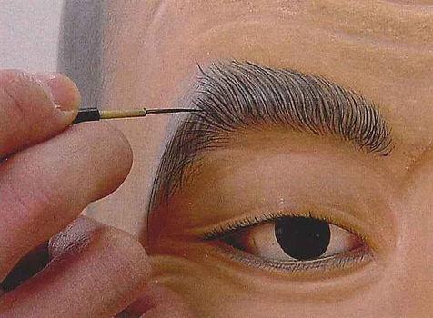 眉の描き込み.jpg