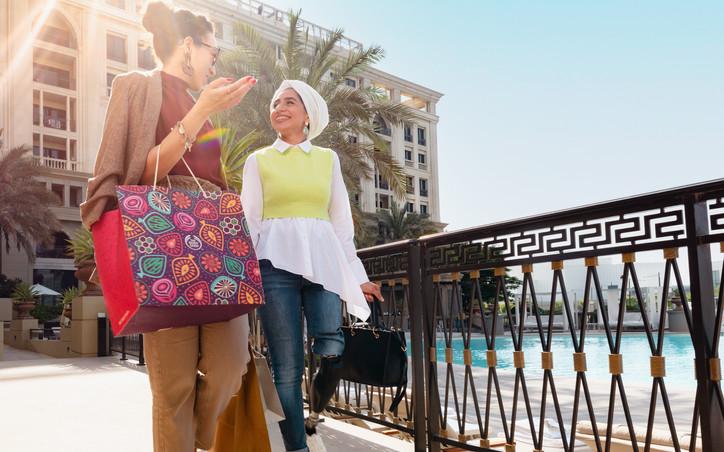 Social campaign with Zainab Al-Eqabi