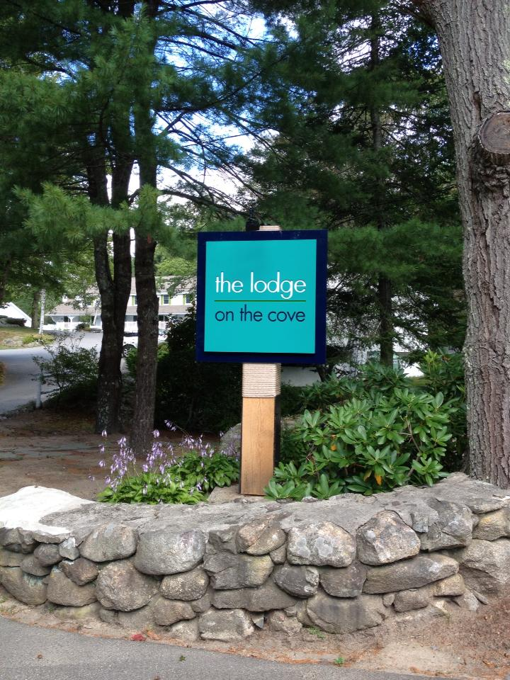 the lodge on the cove