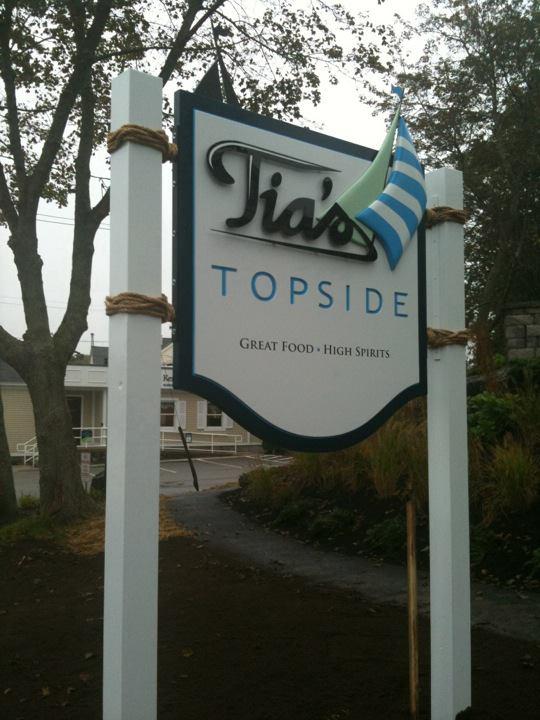 Tia Topside