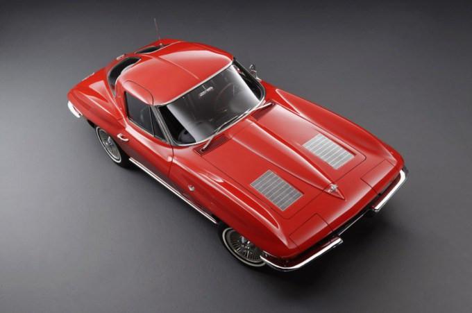 1963-Chevrolet-Corvette-Stingray-267236-medium-680x451.jpg