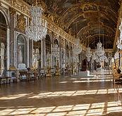 Chateau_Versailles_Galerie_des_Glaces-at