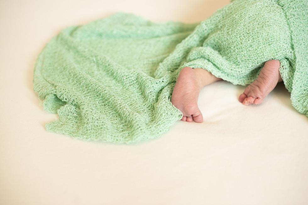 Newborn by Studio foografico Macro