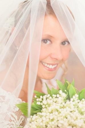 un ritratto di una splendidsa sposa, ritratta nel giorno del suo matrimonio