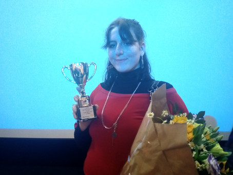 מקום ראשון בתחרות הנואם הצעיר באנגלית