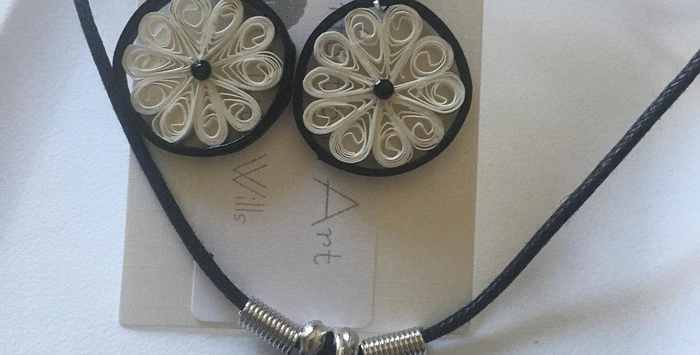White and Black Flower Pendant/Earrings Set