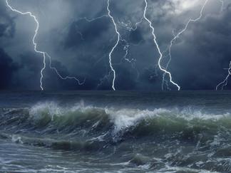 Em meio as tempestades