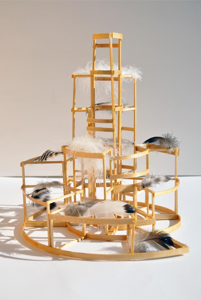 Giulia Berra, Metropolis, legno, colla, refe, piume, circa 20,5x18x21,3 cm 2016