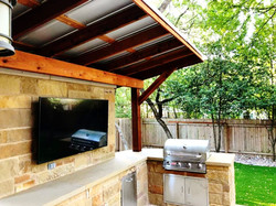 Outdoor Kitchen with Cover
