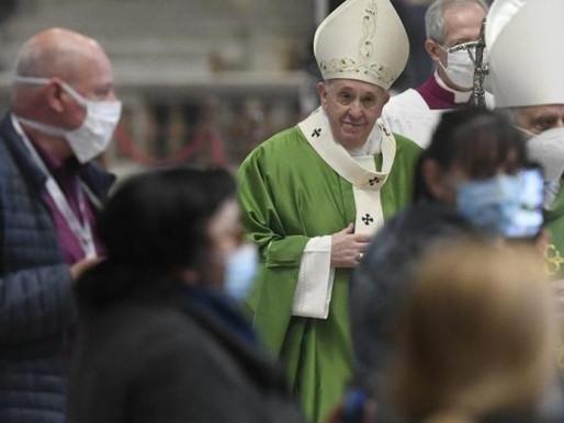 Em missa pela IV Jordana Mundial dos Pobres, Papa pede que católicos vejam Jesus nos pobres