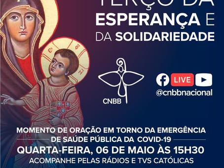 Dom Dimas Lara Barbosa conduz o Terço da Esperança e da Solidariedade, nesta quarta-feira