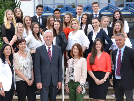 Absolventen der Handelsschule Oberpullendorf 2017