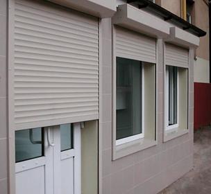 защитные рольставни на двери и окна