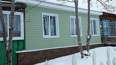 обшивка дома виниловым сайдином в Красноярске и его пригородах