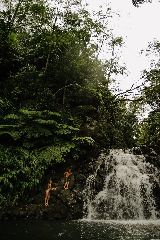 hawaii waterfall hike