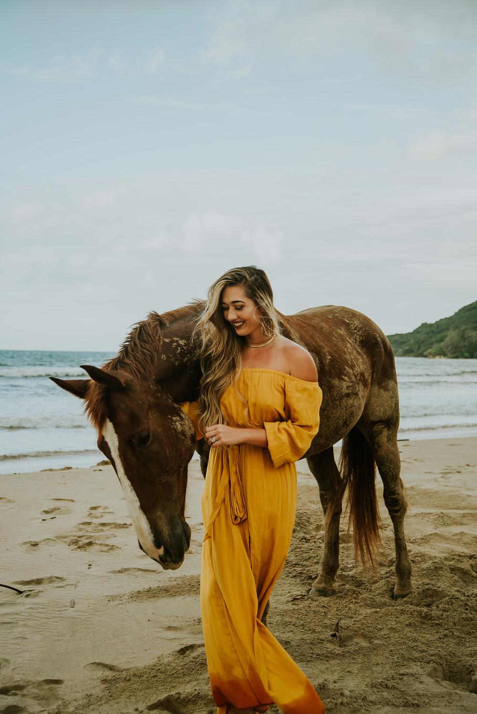 hawaii beach horseback riding