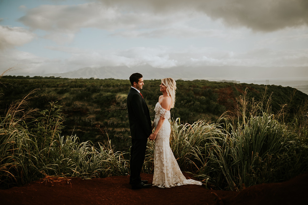 beauitful styled elopement session in oahu