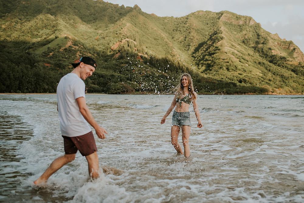 hawaii beach couples photoshoot
