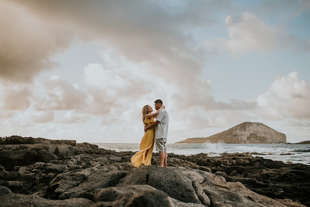 Oahu hawaii surprise proposal engagement session