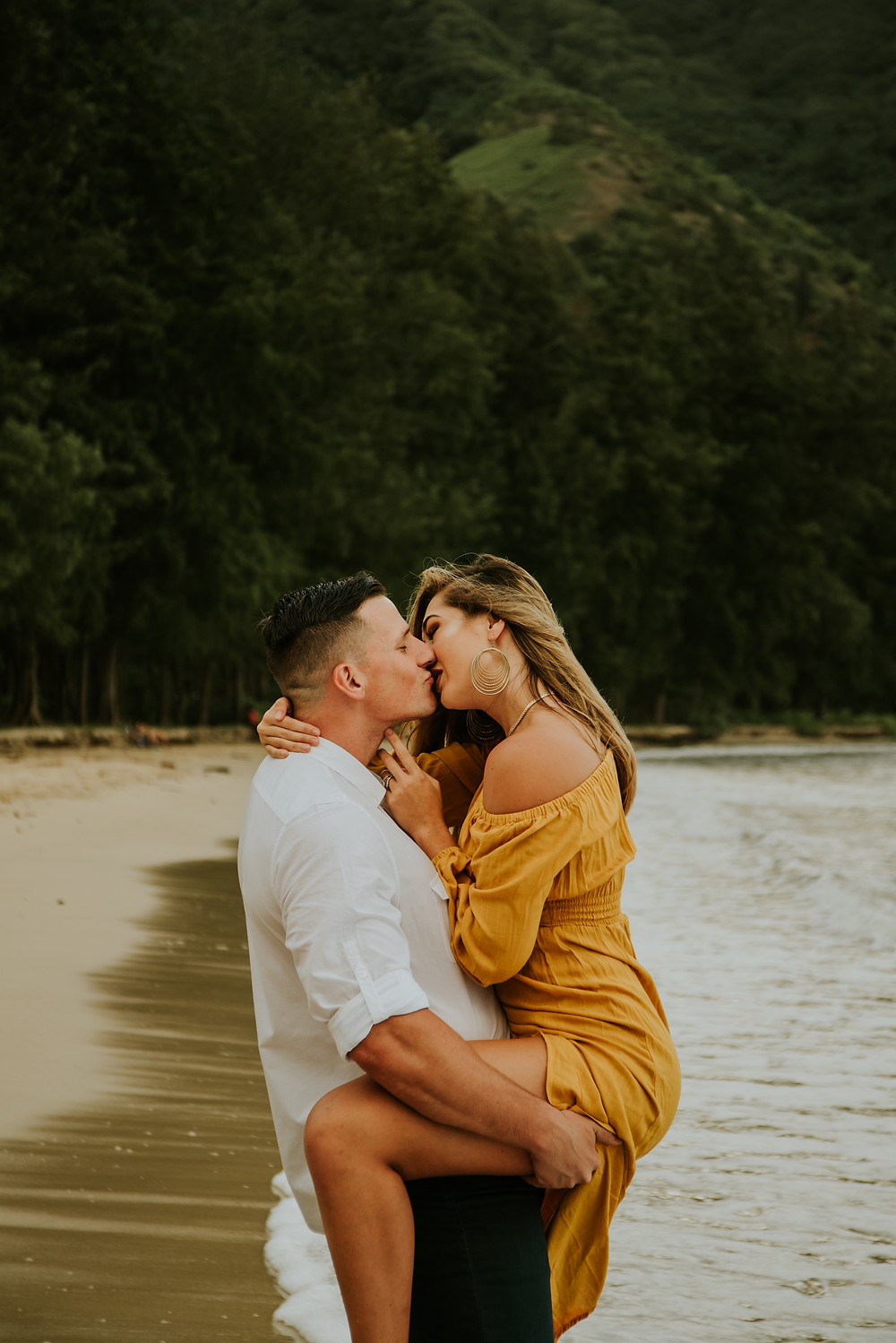 beach couples session