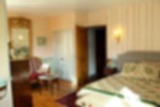 belle chambre d'hôte de charme en charente en charent maritimeen nouvelle aquitaine meilleur qualité prix  promotion chambre d'hôte de charme 4 nuits achetées, une nuit offerte.