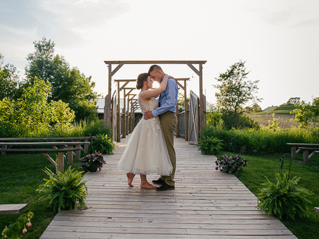 Liz & Isaac // Low-Key Country Wedding
