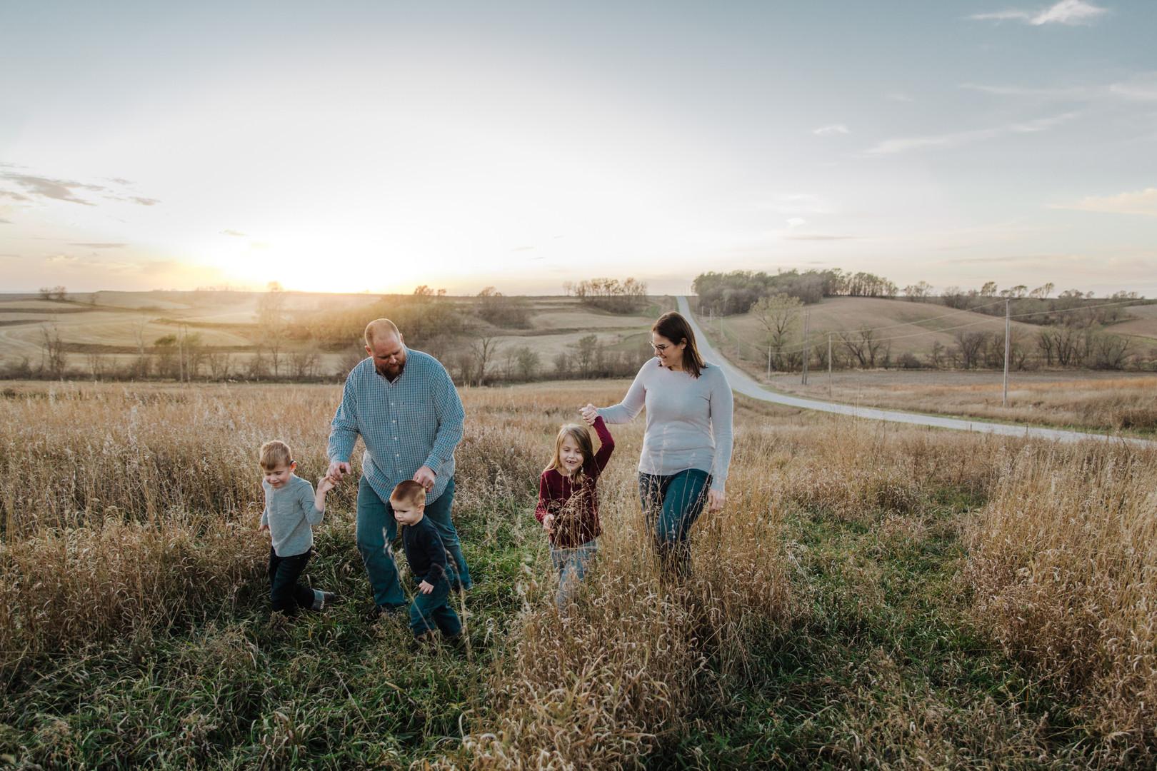 TRUE IMAGERY IOWA FAMILY PHOTOGRAPHER
