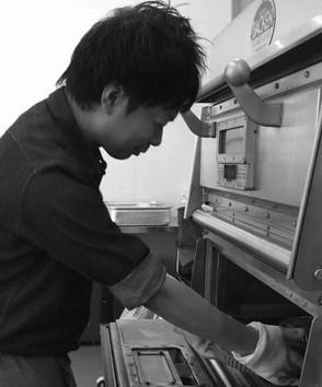 【菓子職人】井上賢一郎(スピカパティスリー)