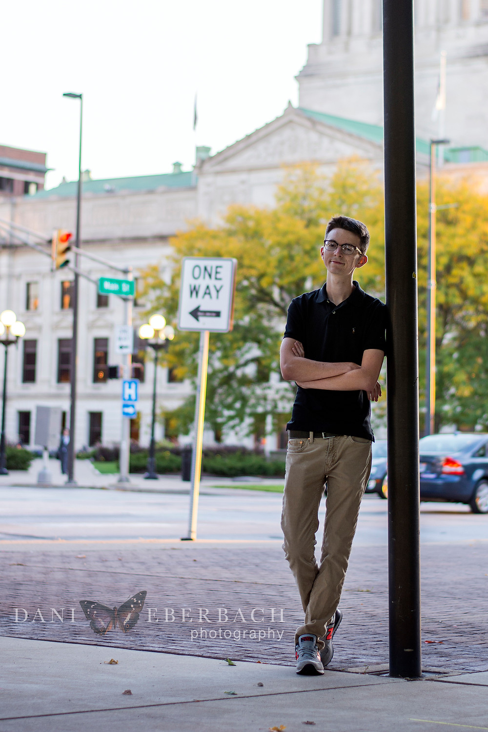 Downtown Fort Wayne senior pictures