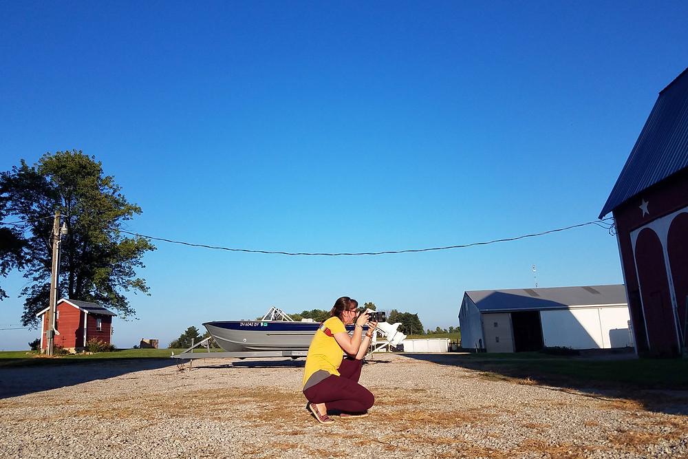 Fort Wayne senior photographer, behind the scenes